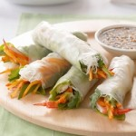 Recipe: Persimmon Prawn Rice Paper Roll