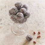 Recipe: Fig and Cashew Energy Balls