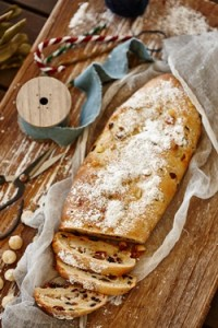 1509 Stollen with macadamia marzipan (2)